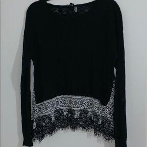 BKE Boutique Light Weight Sweater